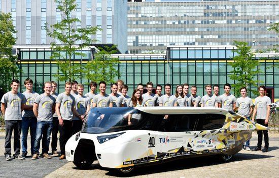 Invenção de veículo elétrico solar com autonomia de mil quilômetros