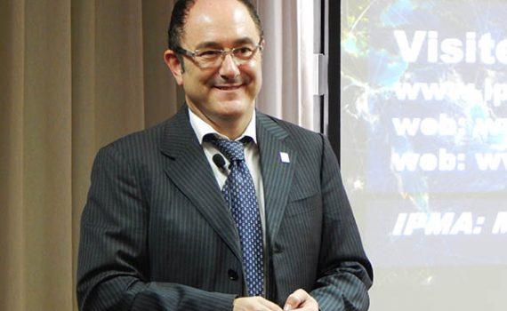 """Opiniões FUNIBER: Entrevista com Jesús Martínez Almela, vice-presidente de """"Education and Training"""" da IPMA"""