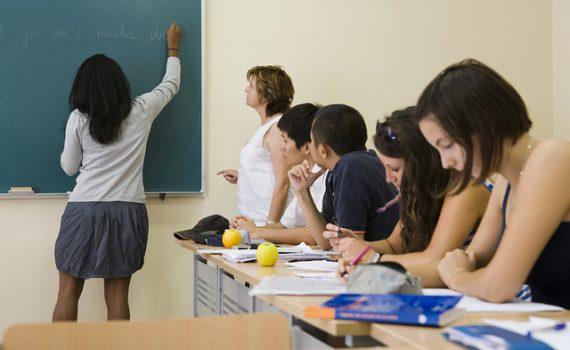 Dissertação: aluna da FUNIBER desenvolve um programa próprio de ensino de espanhol como língua estrangeira
