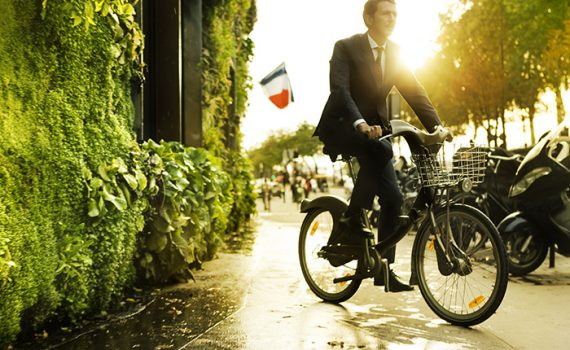 Paris abre convocatória internacional para criação de zonas verdes