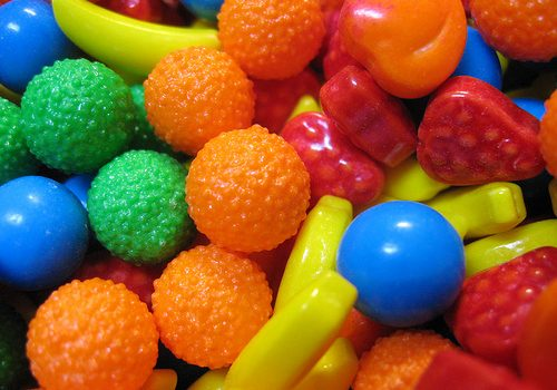 Recomendação para que as crianças comam menos doces