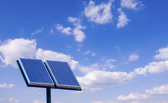 Apple desenvolve projetos em energia limpa