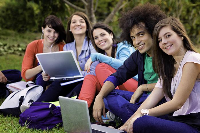 Explorar a redação colaborativa e criativa com ferramentas TIC