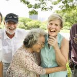 Improvisação teatral melhora a sociabilidade dos idosos
