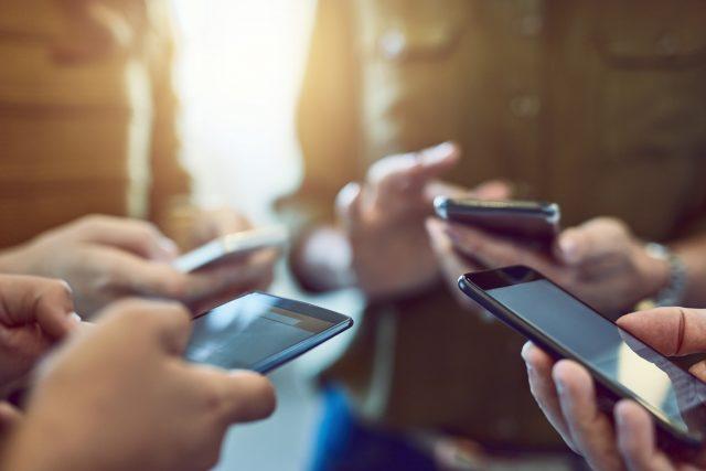 Abusar da Internet provoca vício entre os mais jovens