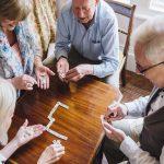 Relacionamento social influencia no bem-estar durante a terceira idade