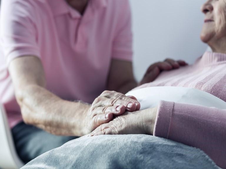 Como falar sobre a morte em centros geriátricos?