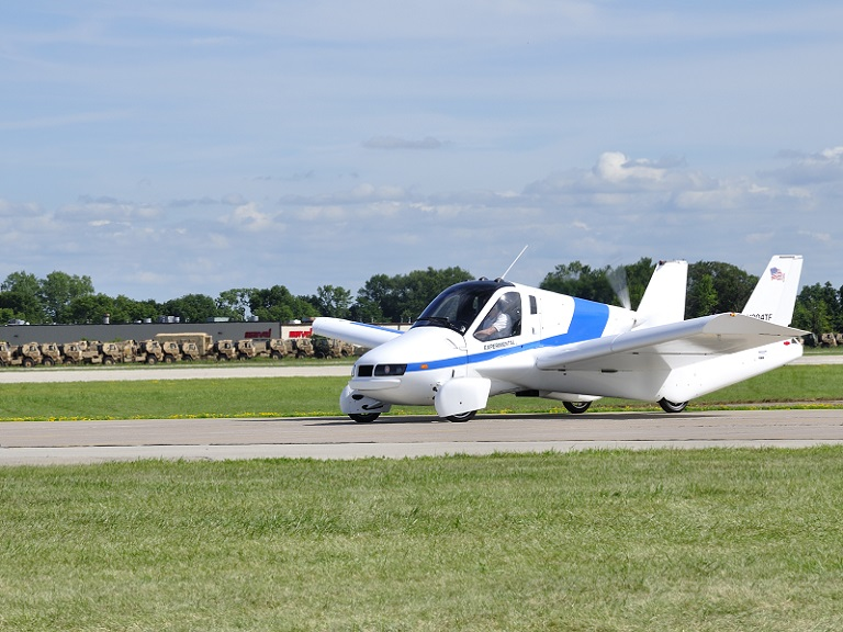 O primeiro carro voador será vendido em outubro