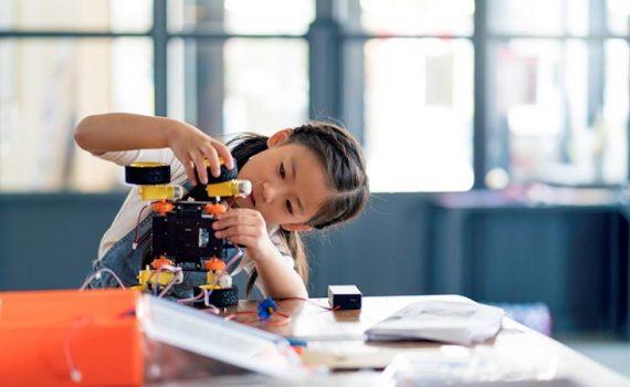 Programas para promover a tecnologia em meninas no México