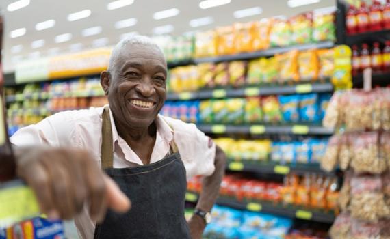 Profissionais veteranos buscam seu nicho no mercado