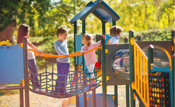 Projetos de parques inclusivos adequados para todos