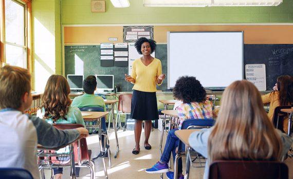 Professores terão mais oportunidades laborais em 2021