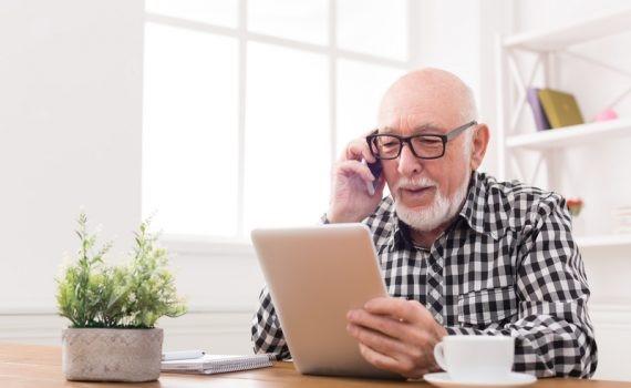 O uso da tecnologia atrasa o declínio cognitivo em idosos