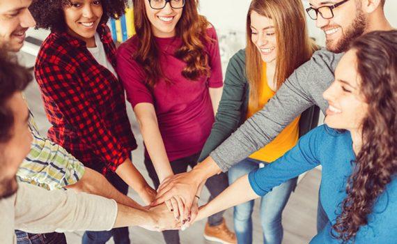 É hora de transformar a estrutura de liderança nas escolas