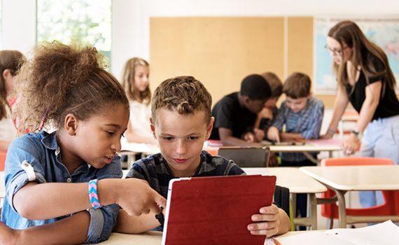 Adicionar jogos ao currículo beneficiará os alunos