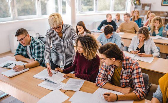 Quais tendências educacionais são úteis e quais são prejudiciais aos estudantes?