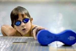 Más actividad física mejoraría imagen corporal de niños con deficiencia visual