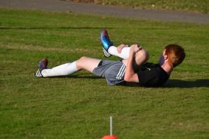 Factores psicológicos influyen en las lesiones en futbolistas