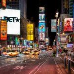 La nueva publicidad empresarial le pone color a la calle