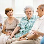 Mejorar la vida de las personas con demencia mediante terapias de grupo