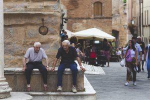 estudio-participacion-adultos-mayores