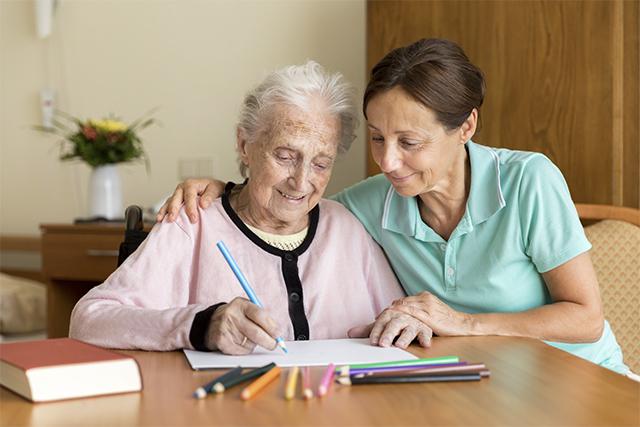 enfermos-alzheimer-asistencia-hogares