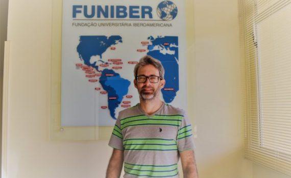 """OPINIONES FUNIBER: """"el profesorado es un actor central del proyecto social de cualquier país"""""""