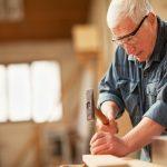 Chile busca inclusión laboral para personas adultas mayores