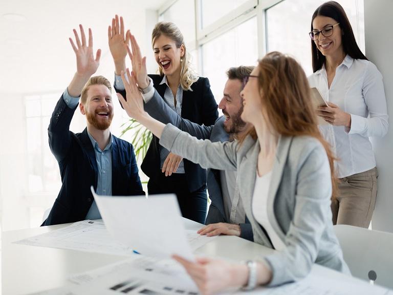 Trabajar en equipo beneficia a las empresas