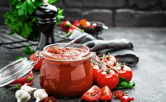 Estudio indica que tomate frito tiene efecto probiótico