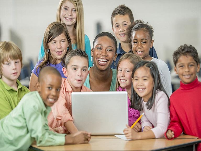 Aprendizaje creativo puede ser alternativa en escuelas con pocos recursos