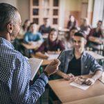 Una encuesta muestra el status social de los profesores en 35 países