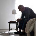 Los mayores que más padecen abusos suelen tener dificultades económicas