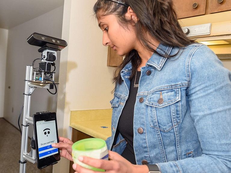Crean un robot para ayudar a las personas mayores en sus tareas diarias