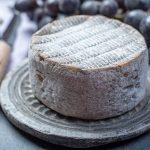 La bacteria que podría proteger los alérgicos de los quesos envejecidos