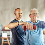 Sarcopenia, minimizar sus efectos con ejercicios de fuerza