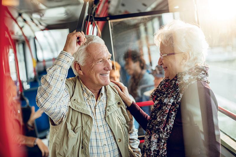 Urbanismo amigable para personas adultas mayores