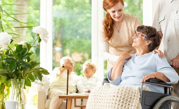 La atención a los ancianos recibe un impulso en Madrid