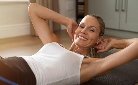 Masa muscular, grasa abdominal y salud mental en la vejez