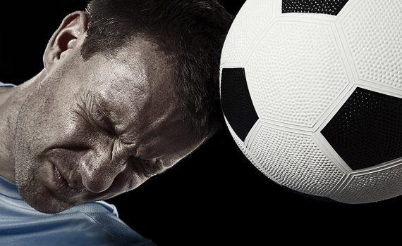 Buscan a futbolistas para participar en estudio sobre el Alzheimer