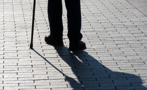 El pronóstico de la neumonía en personas mayores