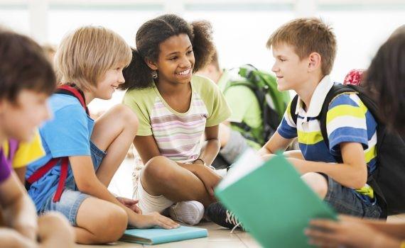 Directrices de la ONU para la reapertura de escuelas