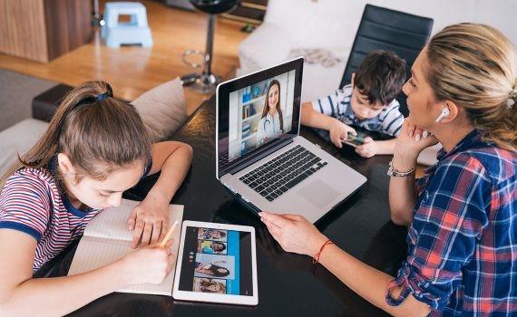 Opiniones FUNIBER: demandas de innovación tecnológica en el área educativa