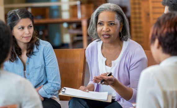La relevancia de la educación y la renta en el envejecimiento
