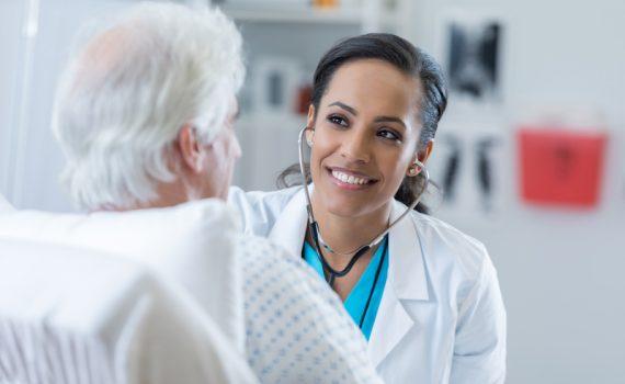 Aumenta el número de estudiantes en geriatría