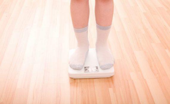 Aumenta el bullying en niños con obesidad durante el confinamiento