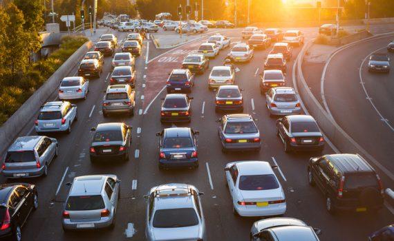 El problema de las autopistas en las grandes ciudades
