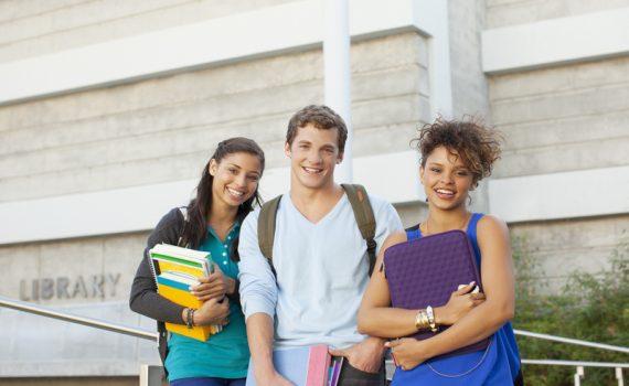Un estudio relaciona el abandono escolar con la evaluación por notas