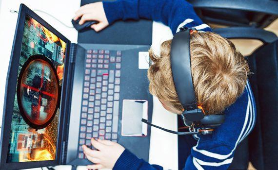 Regulación del uso de dispositivos electrónicos en los más pequeños