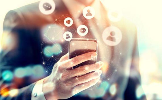 Los «influencers» educativos pueden enseñar a través de las redes sociales